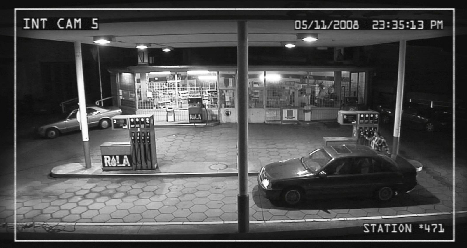 No escape - Gas Station