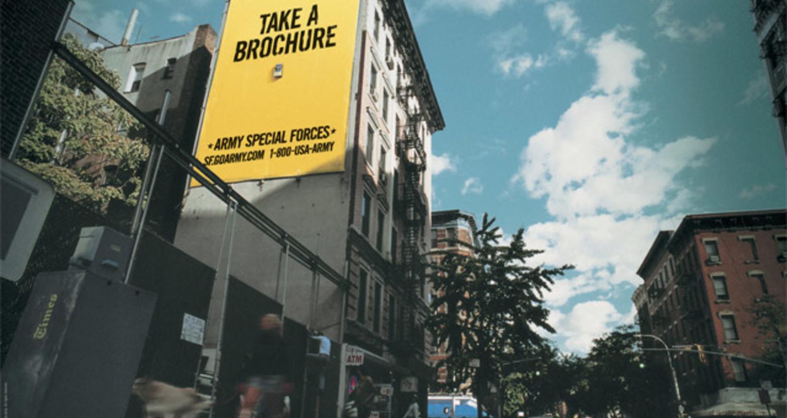 Banner, Gondola, Wall