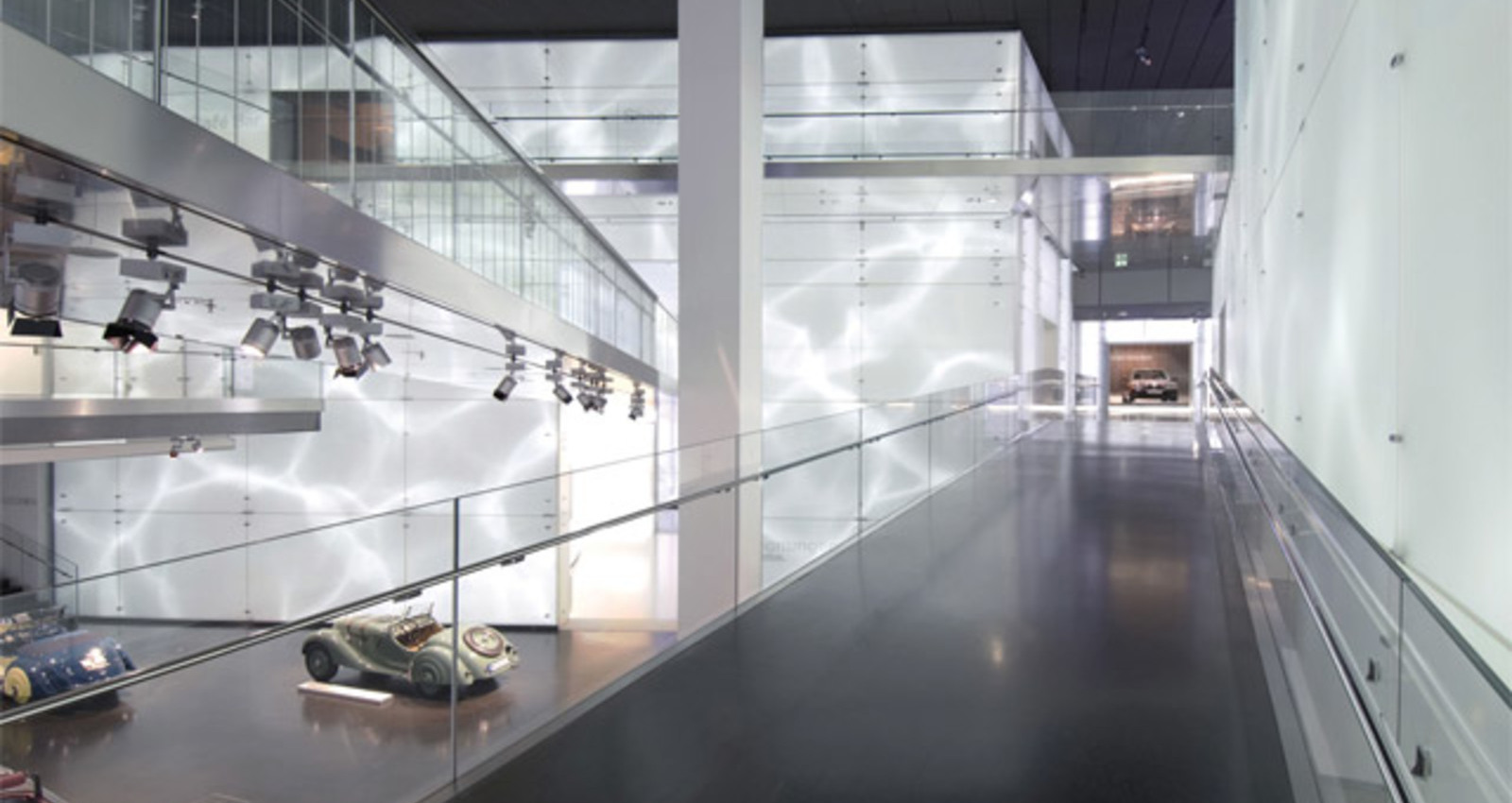 Mediatecture for the BMW Museum, Munich