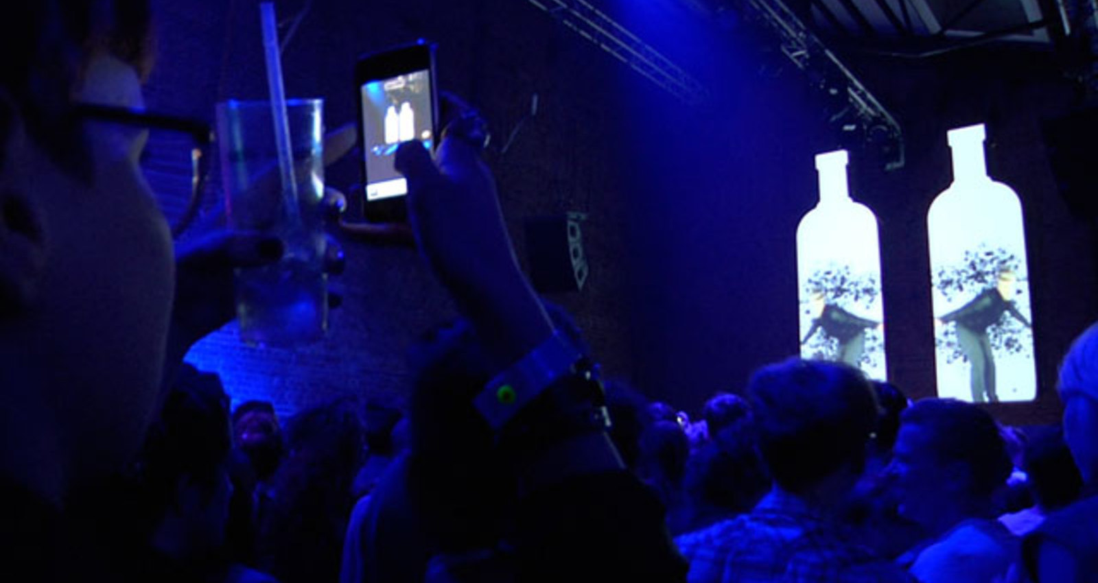 Absolut Blank Live